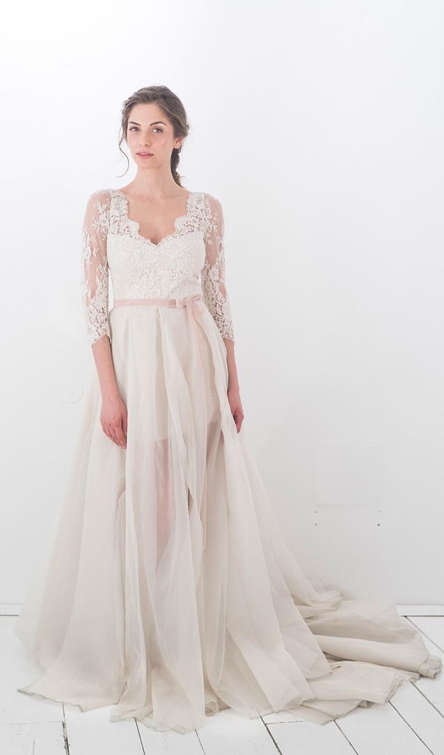 Großartig Britney Spears Hochzeitskleid Ideen - Brautkleider Ideen ...