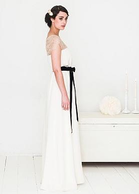 Elfenkleid Brautmode Munchen Wien Hochzeitskleid Sunray
