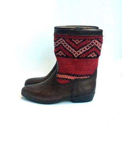 kilim boots 39