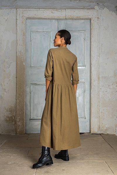 web-elfenkleid-aw21-07-langes-hemdblusenkleid-olive-4287-11